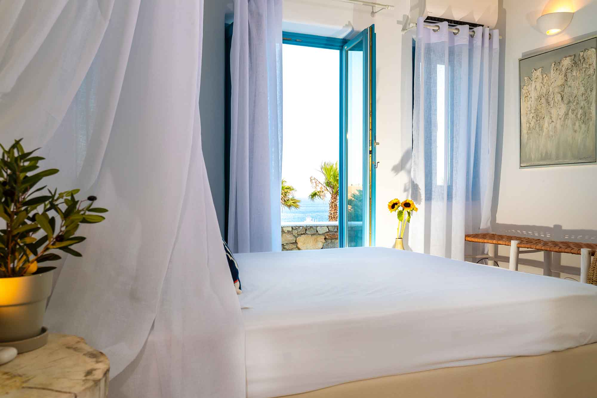 RENT A LUXURIOUS VILLA BY THE SEA IN MYKONOS - VILLA KARKOS - room with sea view