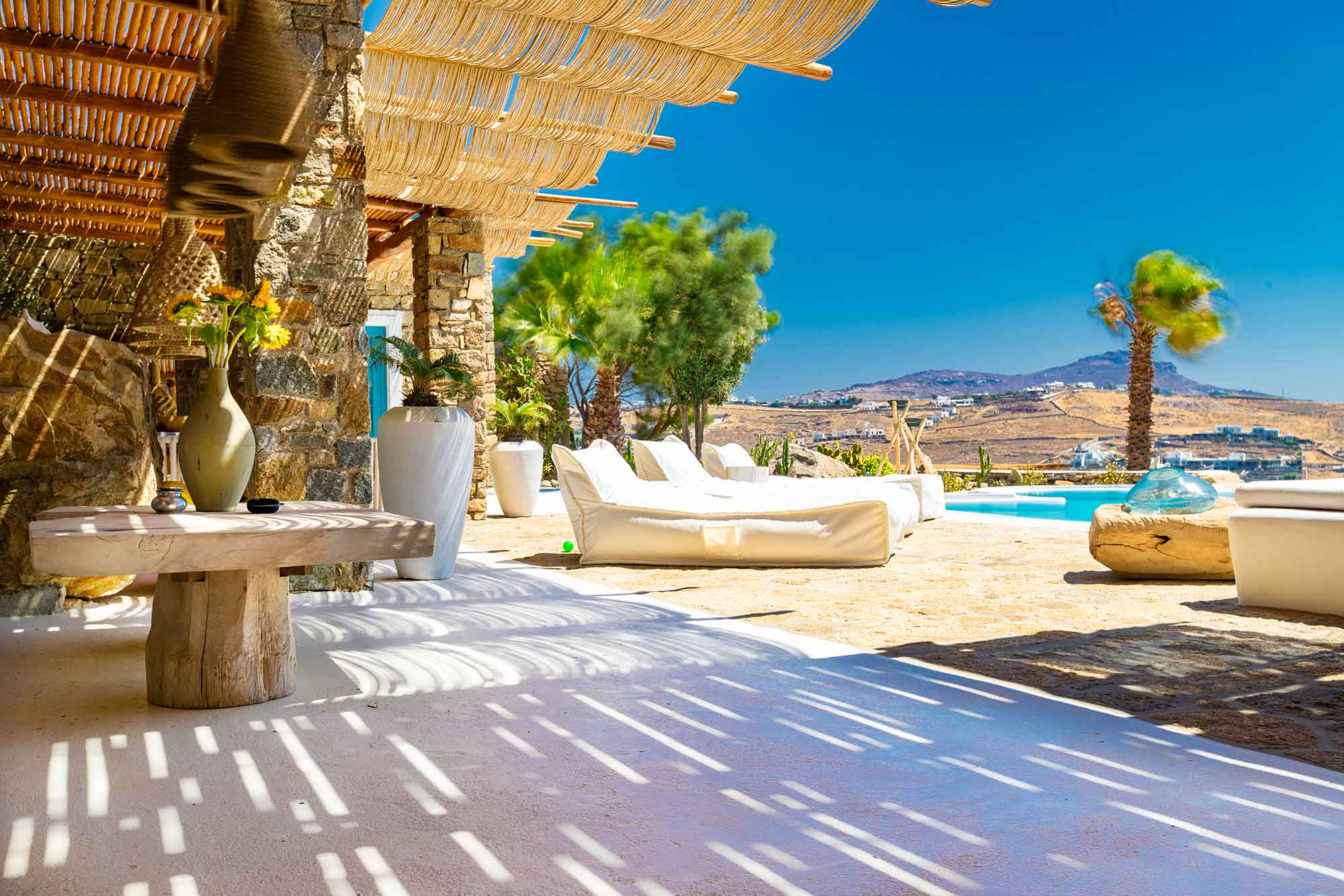 RENT A LUXURIOUS VILLA BY THE SEA IN MYKONOS - VILLA KARKOS - landscape