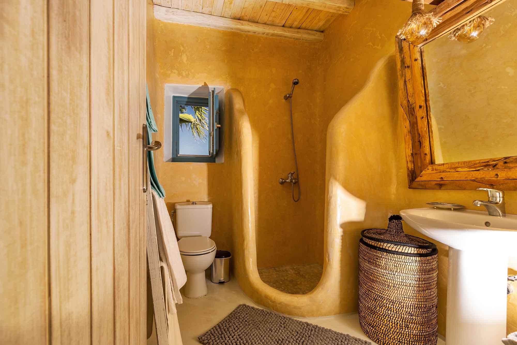 RENT A LUXURIOUS VILLA BY THE SEA IN MYKONOS - VILLA KARKOS - bathroom